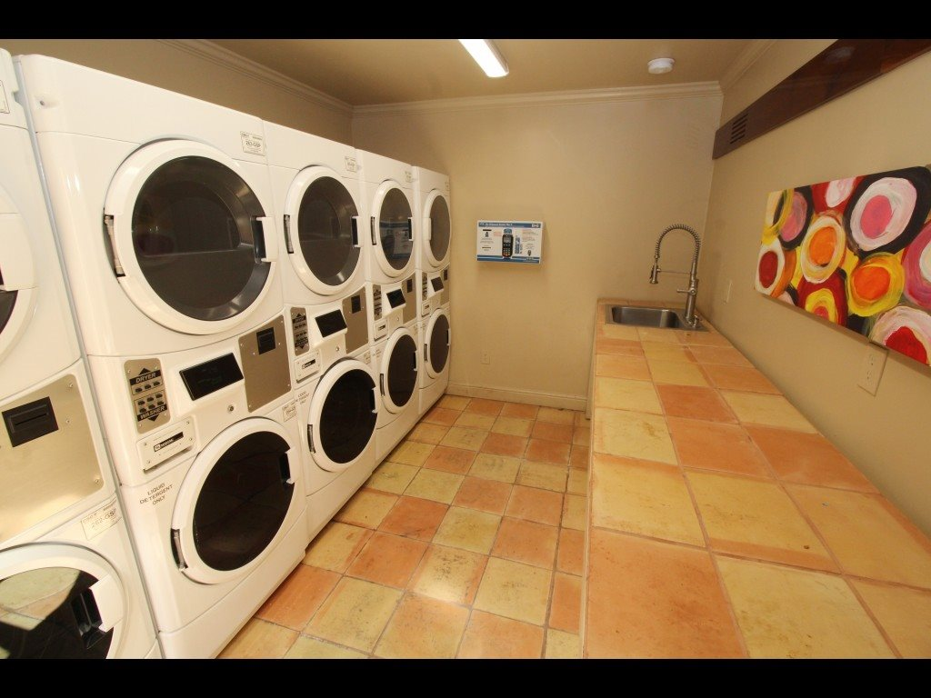 Laundry Facility at Parkside Apartments in Stockton, CA