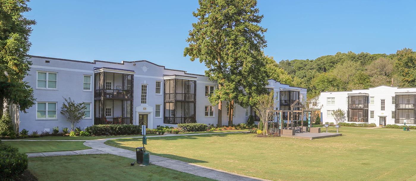 Park At Peachtree Memorial Apartments In Atlanta Ga