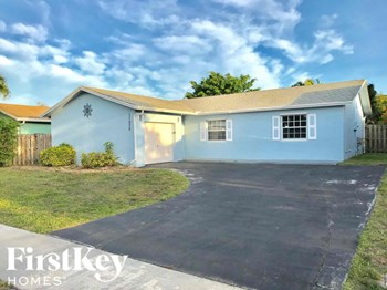 11075 NW 27 Place 3 Beds House for Rent Photo Gallery 1