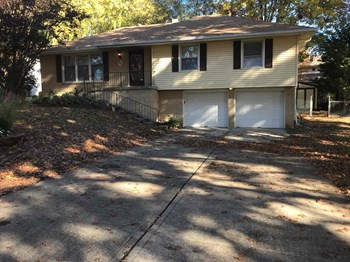 6721 N Bales Avenue 3 Beds House for Rent Photo Gallery 1