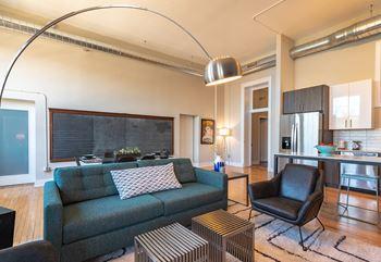 Fine Apartments In Uptown Chicago Home Remodeling Inspirations Gresiscottssportslandcom