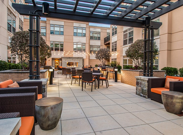 Northgate at Falls Church's private resident courtyard