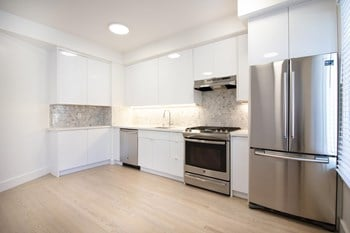4005 California Street 2 Beds Apartment for Rent Photo Gallery 1