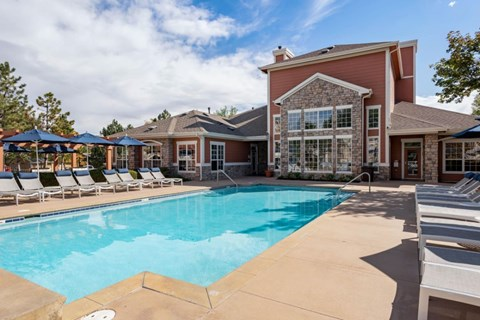 The Estates at Tanglewood|Pool with Tanning Deck