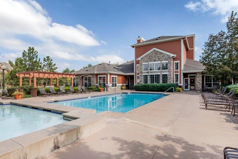 The Estates at Tanglewood |Swimming Pool