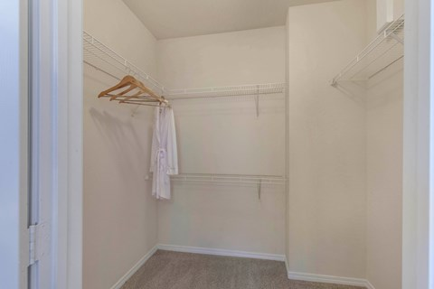The Estates at Tanglewood |Walk-in Closets
