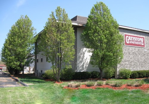 Greystone Apartments Community Thumbnail 1