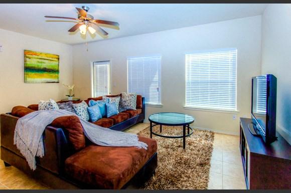 Stone Knights Apartments 7619 King Arthurs Ct Laredo Tx Rentcafe