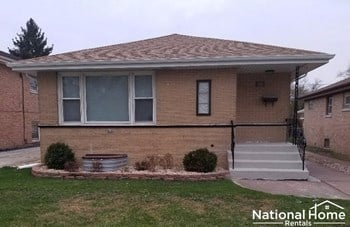 388 Luella Ave 4 Beds House for Rent Photo Gallery 1