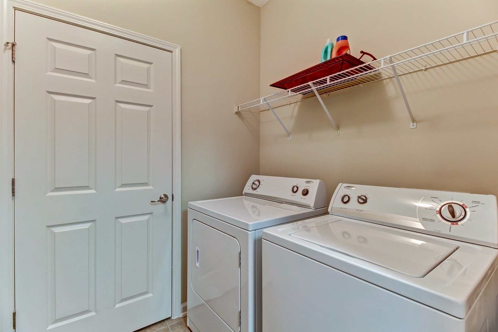 Laundry Room at Magnolia Village Apartments in Jacksonville, FL