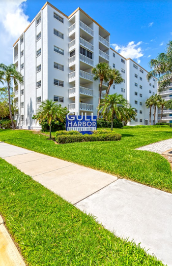 17105 Gulf Boulevard 1-3 Beds Apartment for Rent Photo Gallery 1