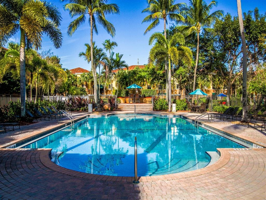 Resort-Style Zero-Entry Pool at Coconut Palm Club Apartments, Coconut Creek, 33073