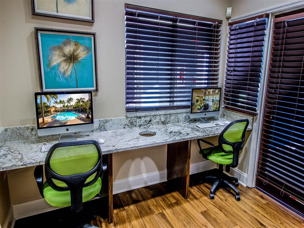 Business Center with WiFi Coconut Palm Club Apartments, NW 55th Blvd., Coconut Creek, FL 33073