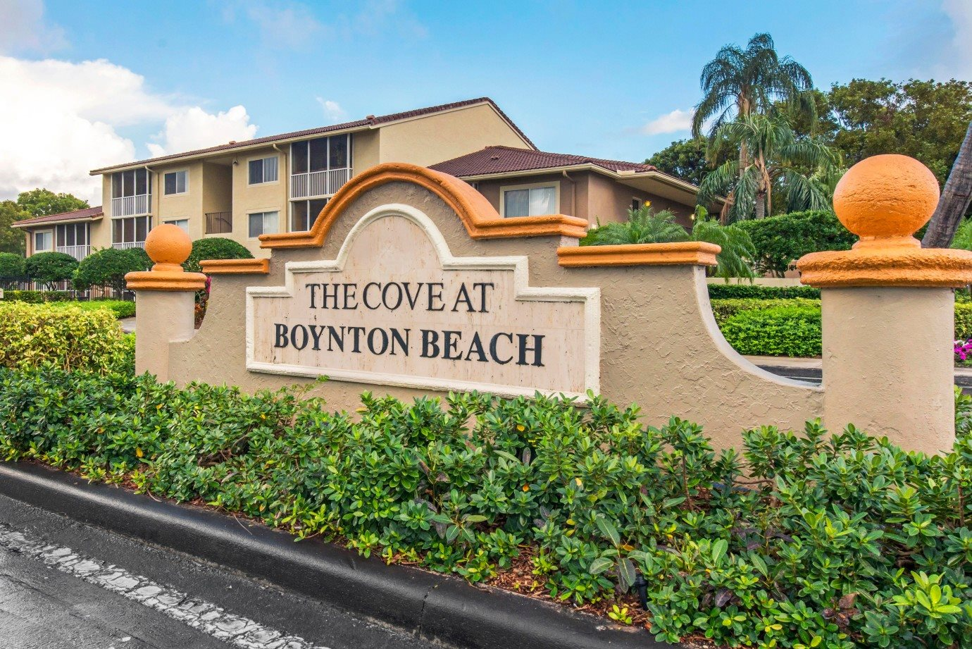 The Cove at Boyton Beach| Entrance