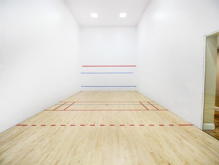 The Enclave Apartments| Racquetball Court
