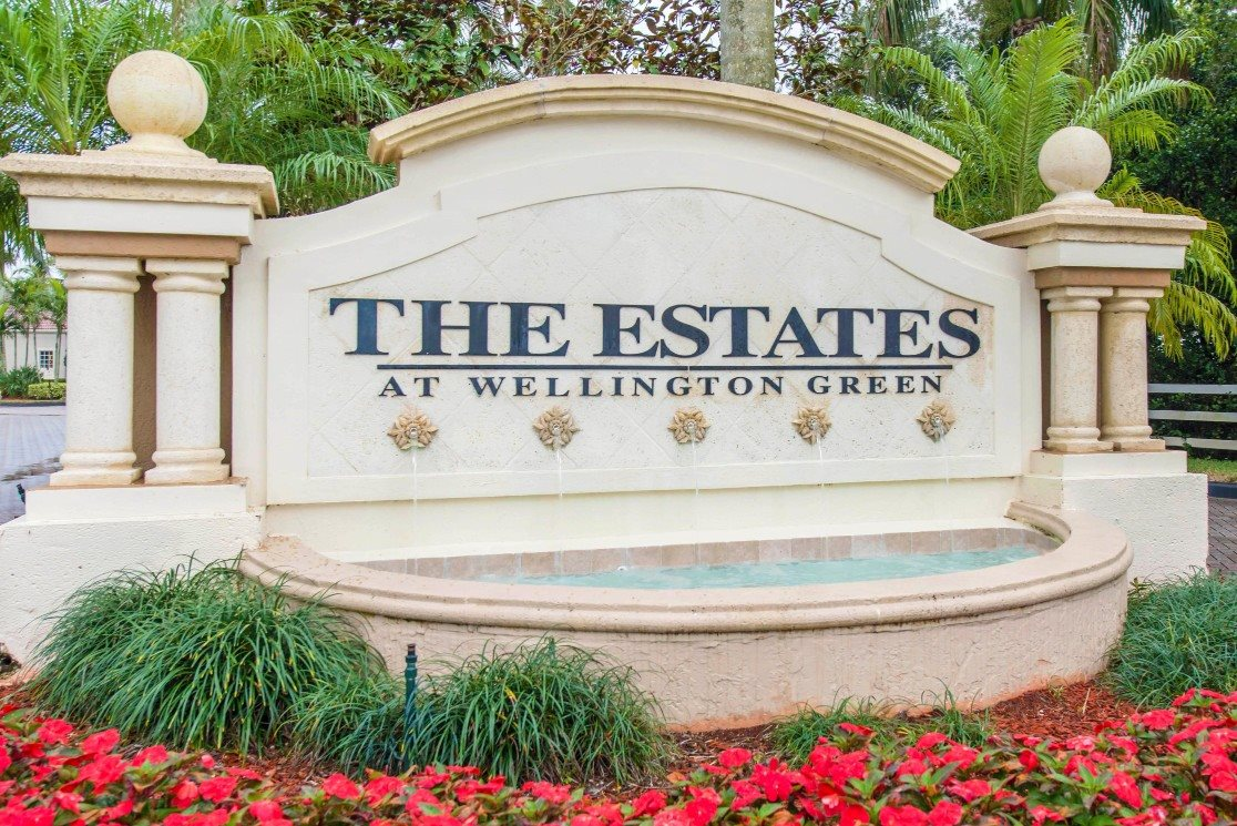 The Estates at Wellington Green| Balcony