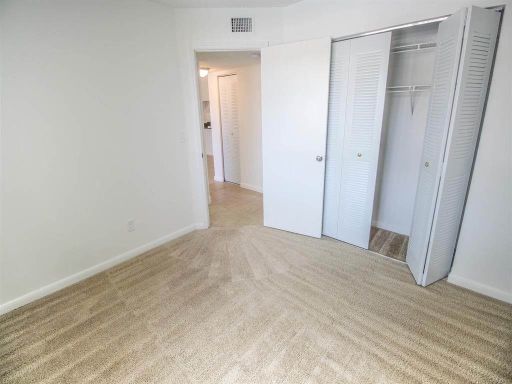 1 bedroom apartments for rent, Pembroke Pines FL, Gatehouse at Pinelake