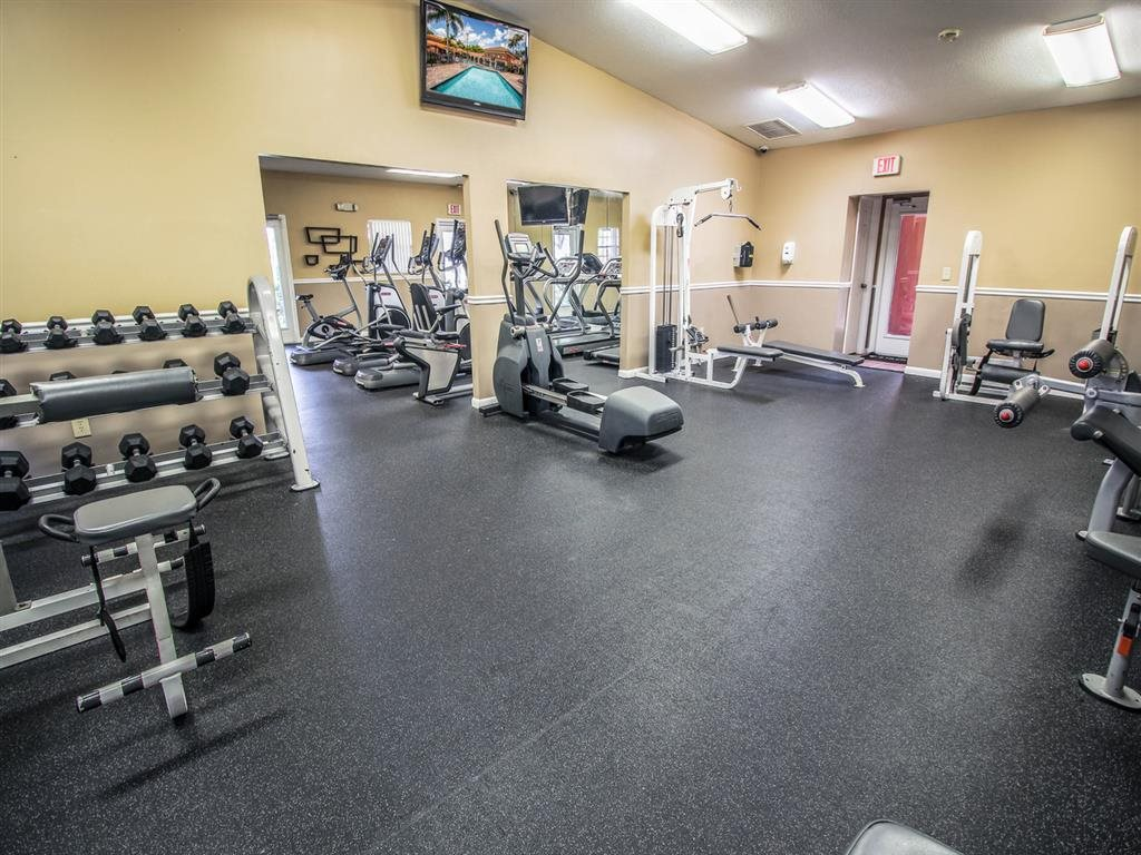 Fitness Center, Community Gym, 24-Hr Fitness, Pembroke Pines FL