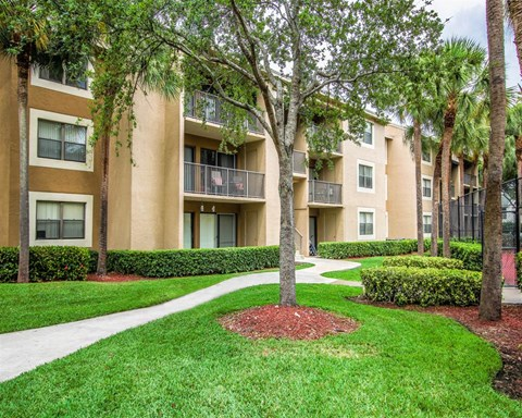 Beautifully Landscaped Grounds  at Hammocks Place Apartments, Miami, FL 33196