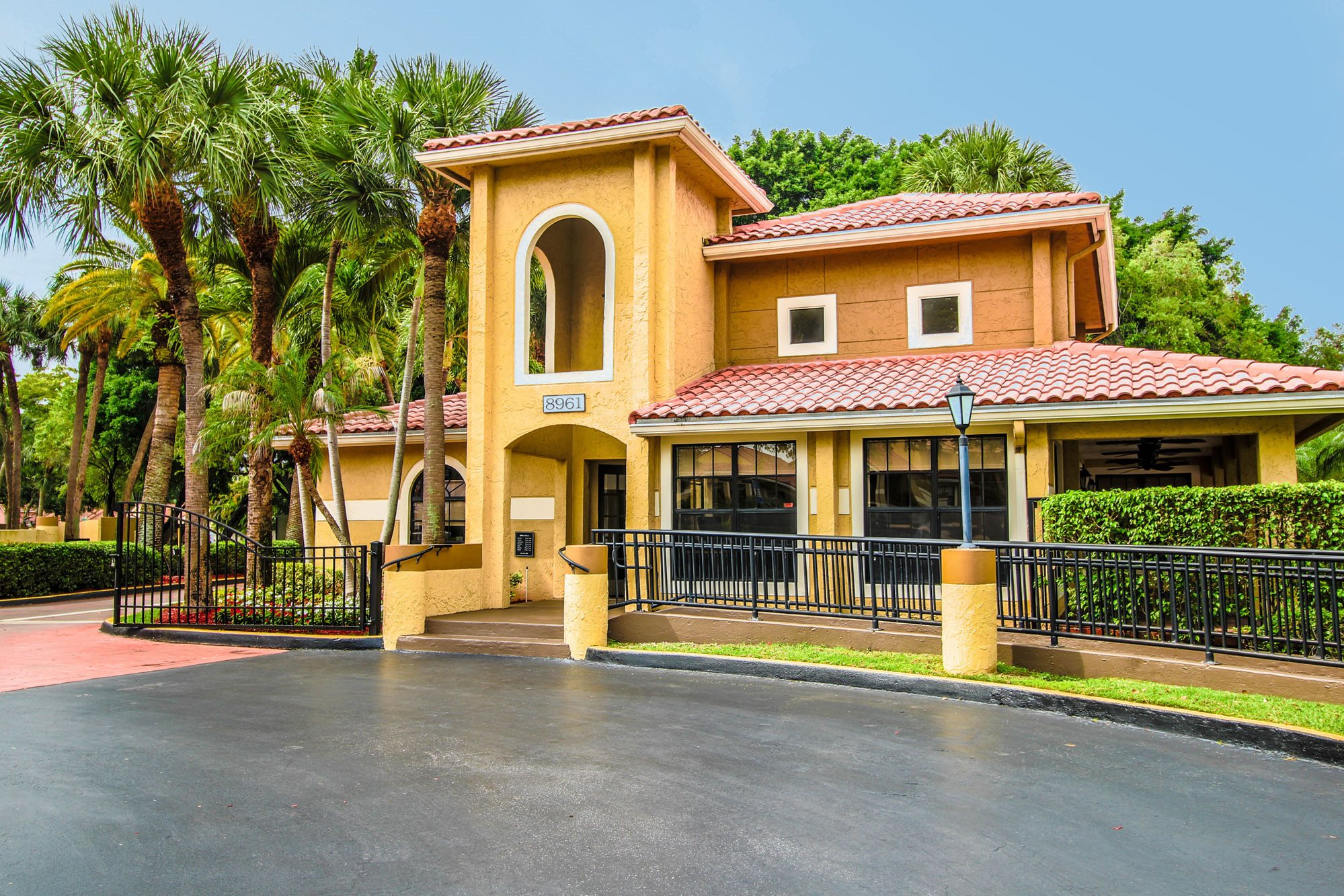 Kings Colony Apartments homepagegallery 1