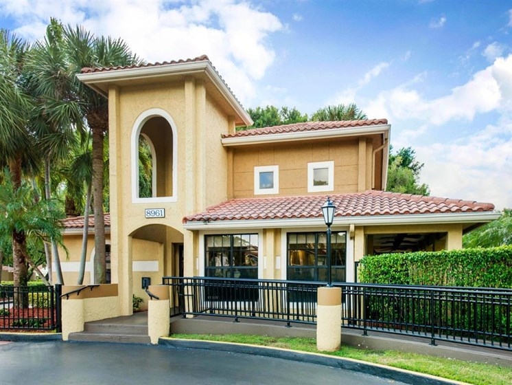 Kings Colony Leasing Center