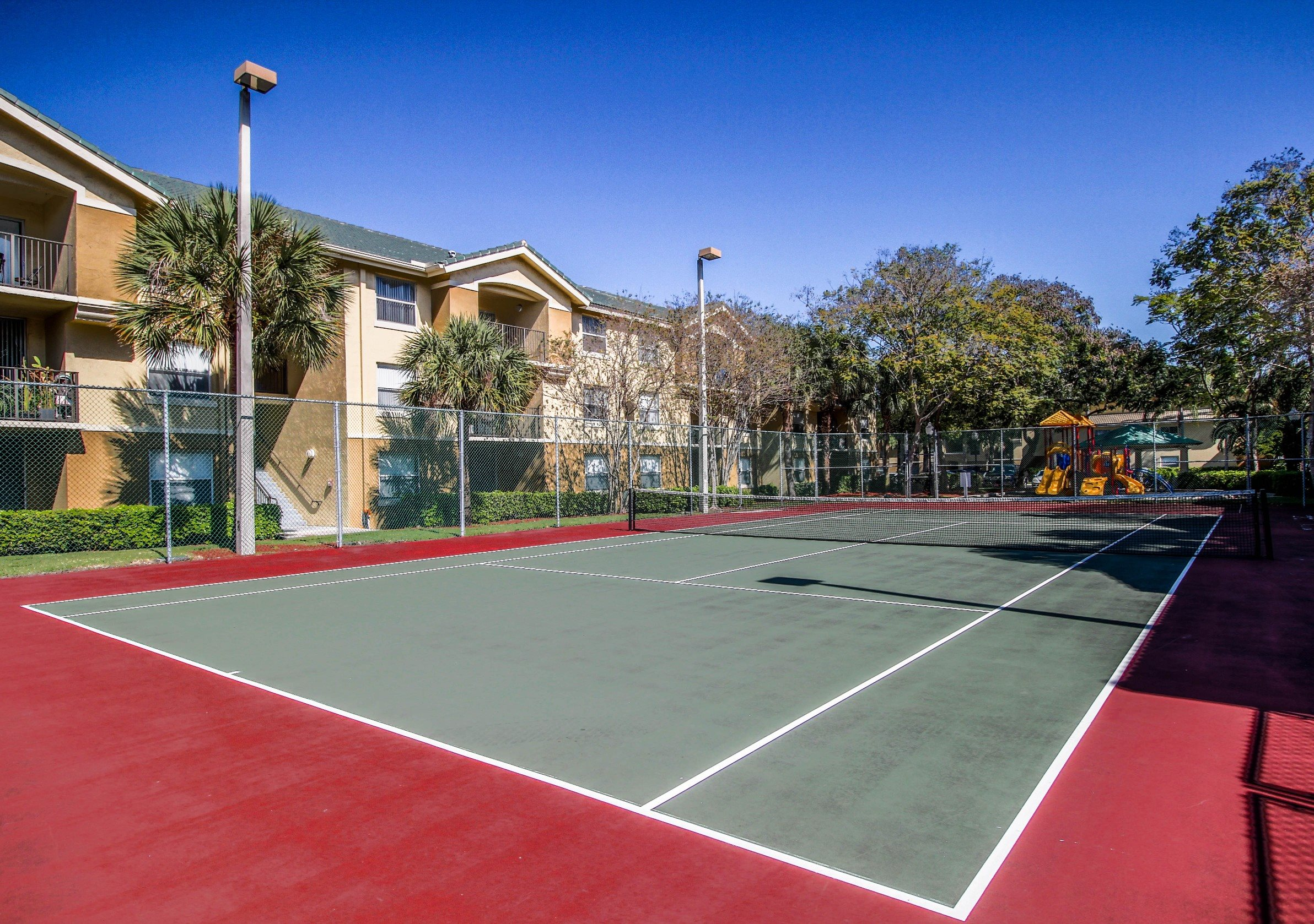 Palm Trees Landing|Tennis Courts