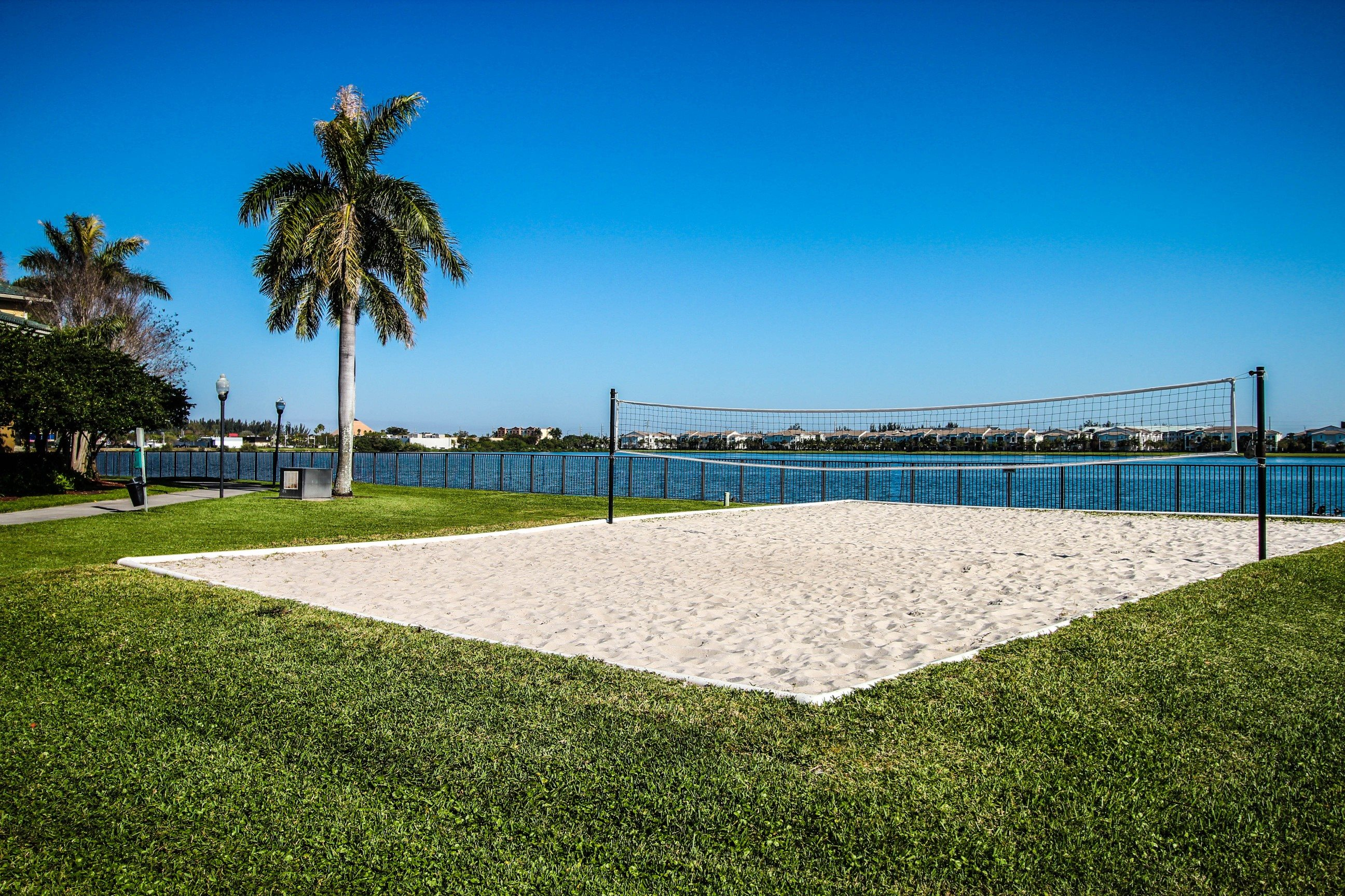 Palm Trees Landing|Sand Volleyball Courts