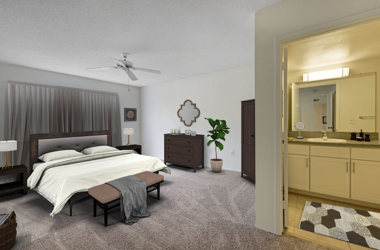 Spacious Master Bedroom with En-Suite Bathroom