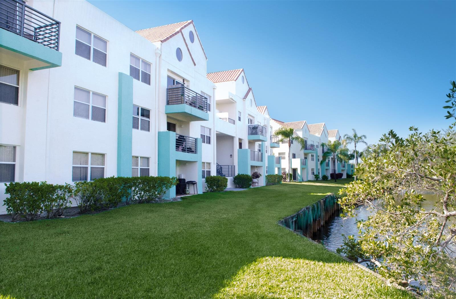 Renovated Apartment Homes Available at Sheridan Ocean Club, Dania Beach, FL, 33004