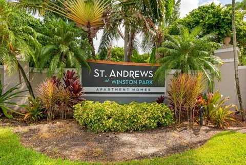 St. Andrews at Winston Park| Entrance Sign