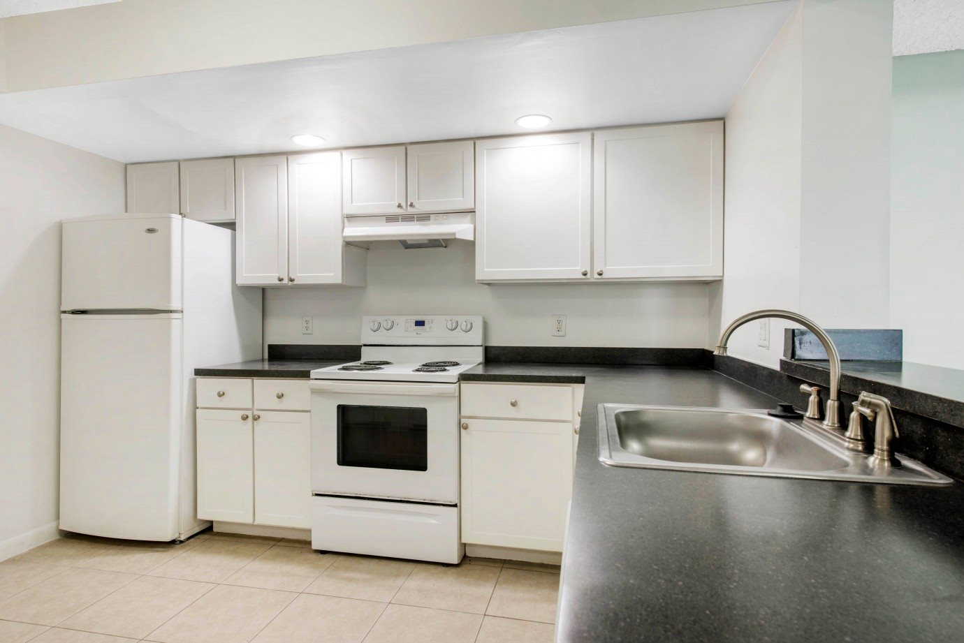 Photos and Video of Welleby Lake Club Apartments in Sunrise, FL