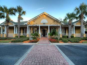 9905 Windsor Club Drive 1-3 Beds Apartment for Rent Photo Gallery 1