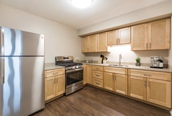 2701 S Indiana Ave Studio-4 Beds Apartment for Rent Photo Gallery 1