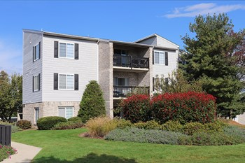 2902 Chesterbrook Court 1-2 Beds Apartment for Rent Photo Gallery 1
