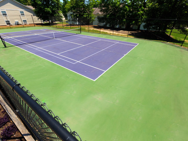 Laurens Way Apartments tennis