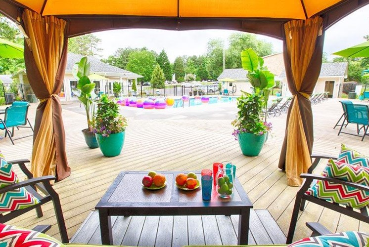 4-Poolside-Cabana-Sumter-Square-Apartments Raleigh-NC-