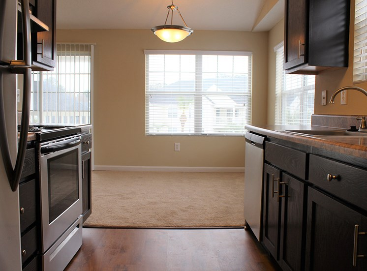 Kitchen 5 at Flintlake Apartments in Myrtle Beach SC