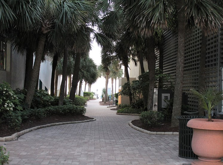 Walkway at Flintlake Apartments