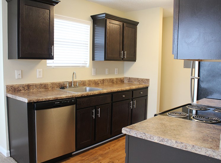 Kitchen at Flintlake Apartments