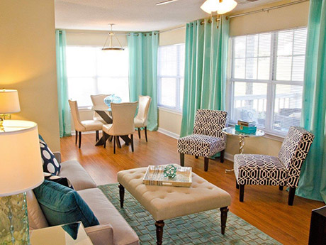 living room at Flintlake Apartments in Myrtle Beach