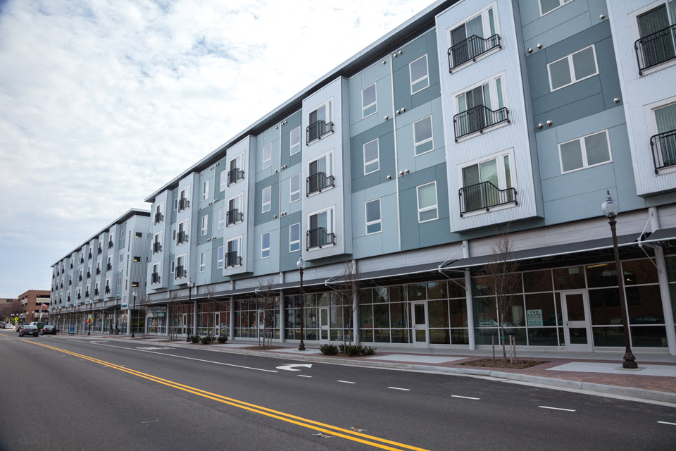 downtown Newport News Apartments for Rent