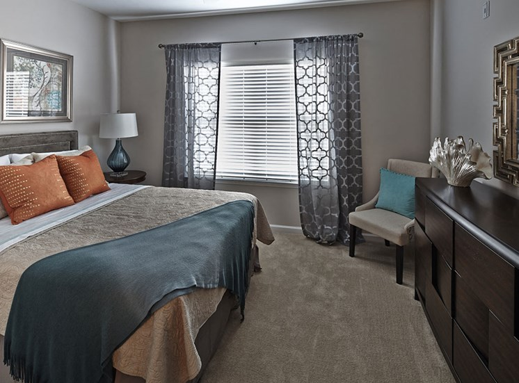 Tyler's Ridge at Sandhills Apartments bedroom