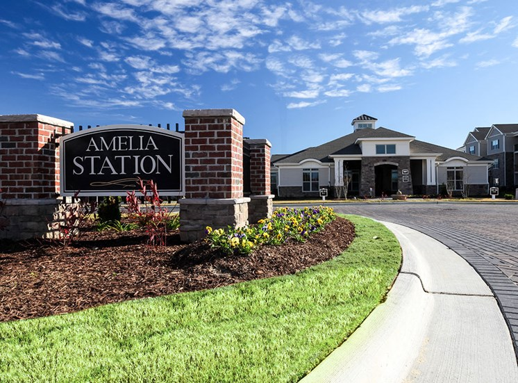 Amelia-Station--monument-sign