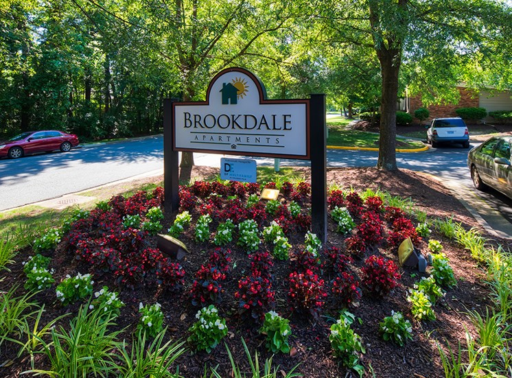 Office_Signage_Brookdale Apartments