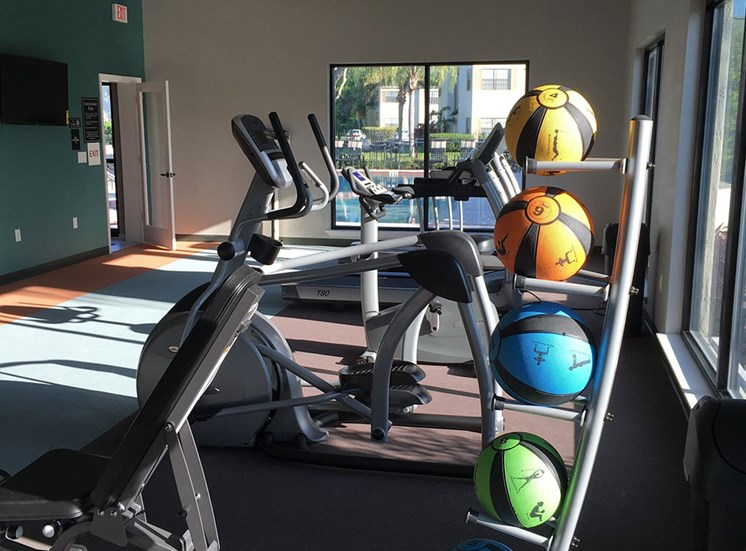 Fitness center at Cypress Run Apartments