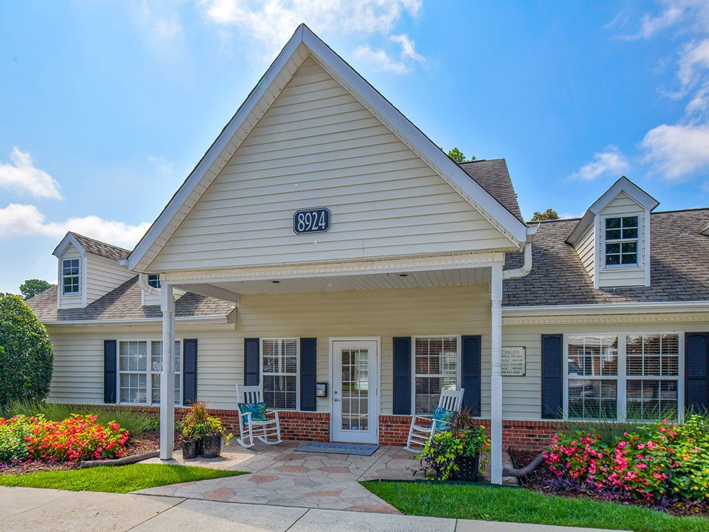 Fairgate-Apartments-Raleigh-NC-Clubhouse-Exterior-1
