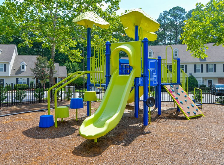 Fairgate-Apartments-Raleigh-NC-Playground-1