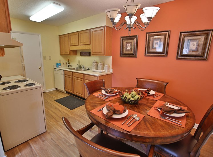 Dining area at Woodland Creek Apartments in Durham NC