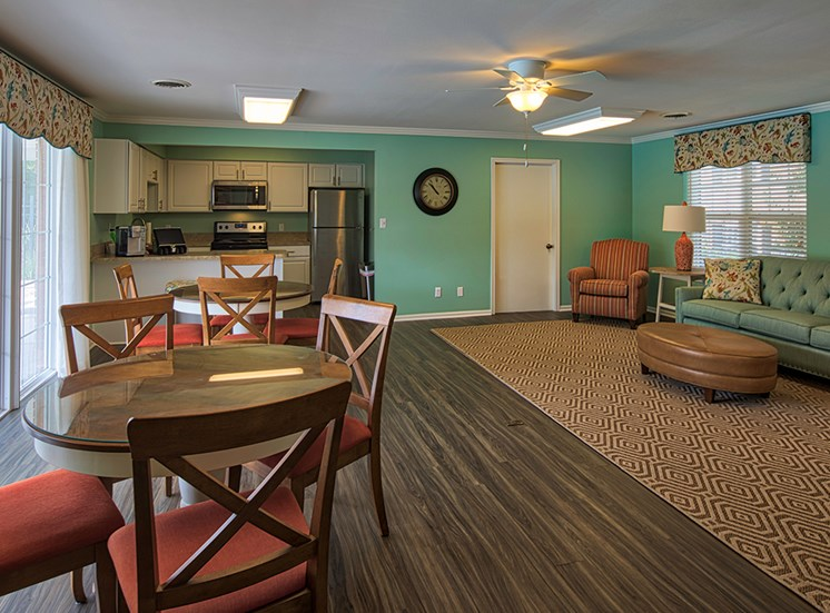Haygood Halls Apartments in Virginia Beach Clubroom