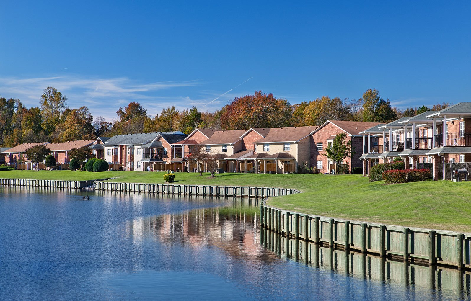 Canal at Apartments in Chesapeake VA